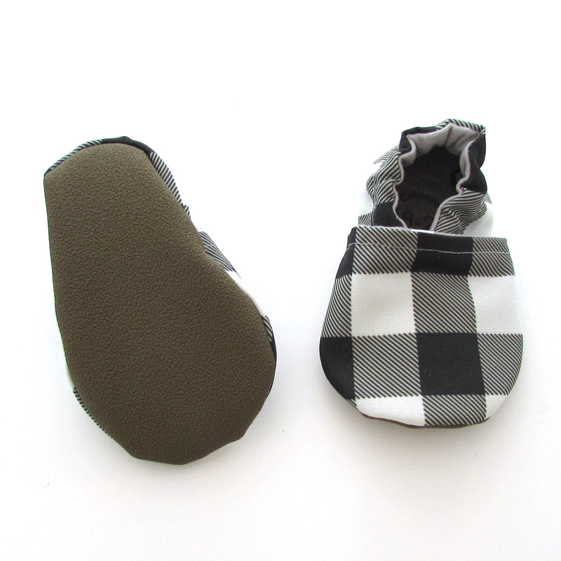 Black and White Buffalo Check Cabooties and Universal Clip Gift Set