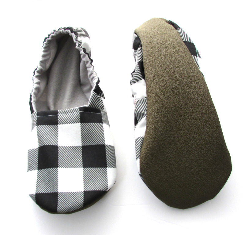 Black and White Buffalo Check Women's Slippers