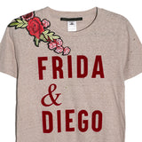 Ripped Tee beige Frida y Diego con flores