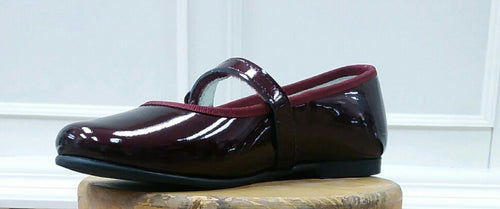 GEPPETTOS BURGANDY PATENT LEATHER MARY JANES
