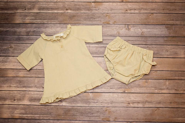 EVIE'S CLOSET WHEAT 2PC TOP AND BLOOMER SET