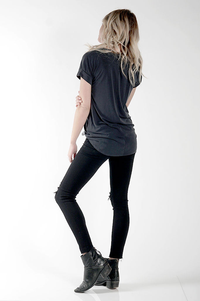 MAISON TWO TEE - FADED BLACK