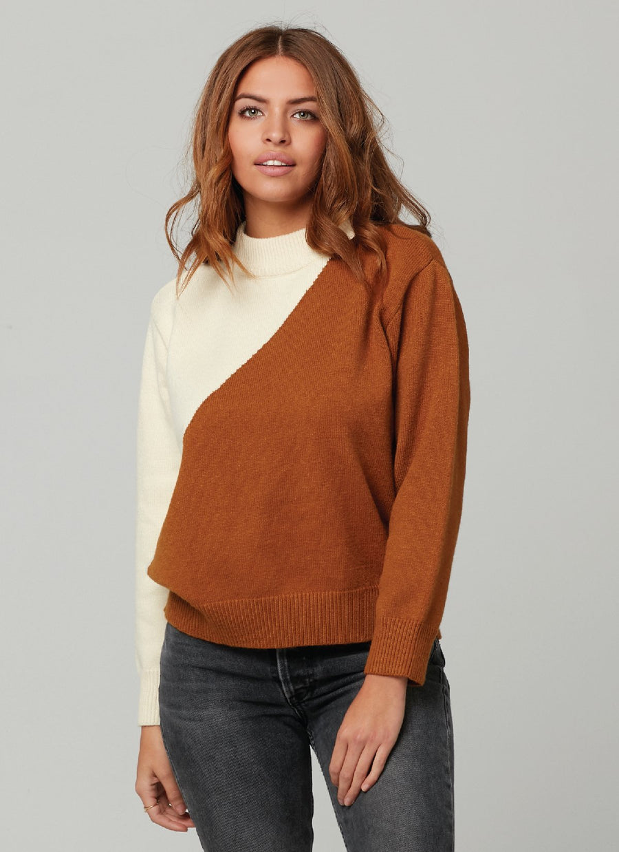 IMAGE SWEATER-Camel