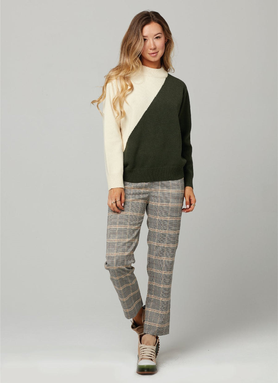IMAGE SWEATER-Military Green