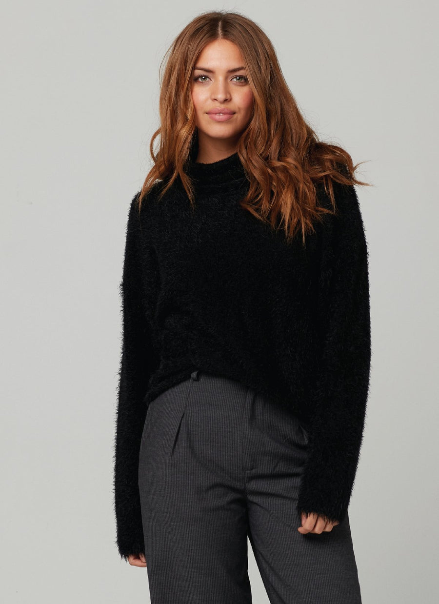 BINKERS SWEATER-BLACK