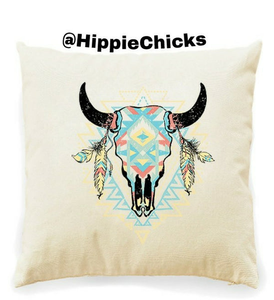Steer Skull Decrative pillows in white and black