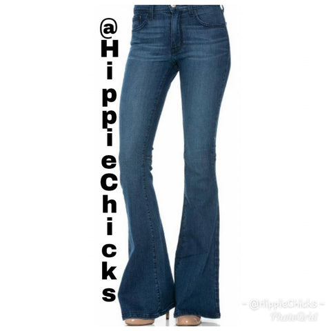 Flare jeans in medium wash