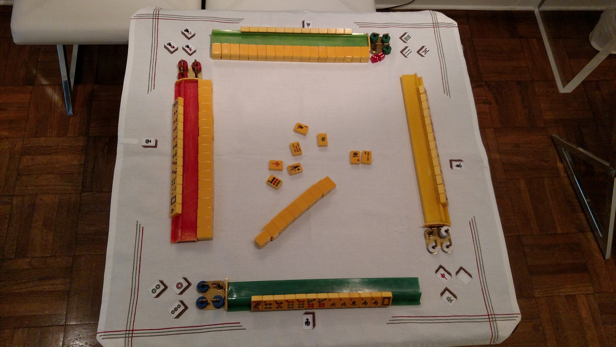 Vintage-Inspired Mah Jongg Table Cover