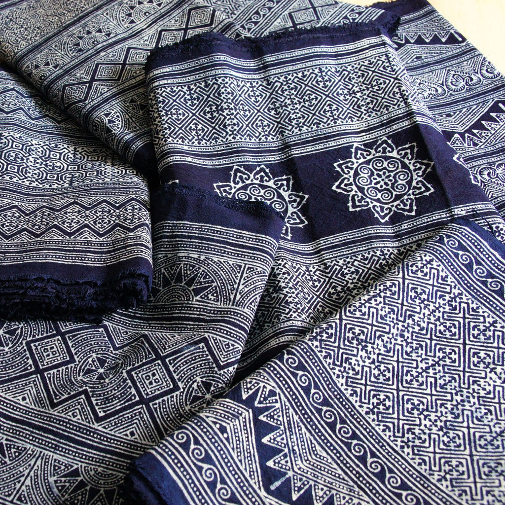"Batik Roll - 14"" Wide Indigo Hmong Hill Tribe Handprinted Style W10 - [product_typpe] - Earth Indigo"