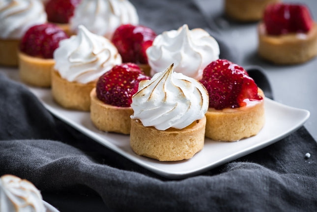 Sweet Mini Meringue & Lemon Curd Tartlets