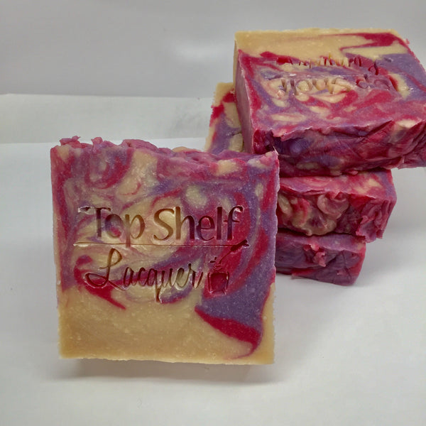 Black Raspberry Vanilla Greek Yogurt Handmade BEER Soap (1 Bar) - Top Shelf Lacquer - 4
