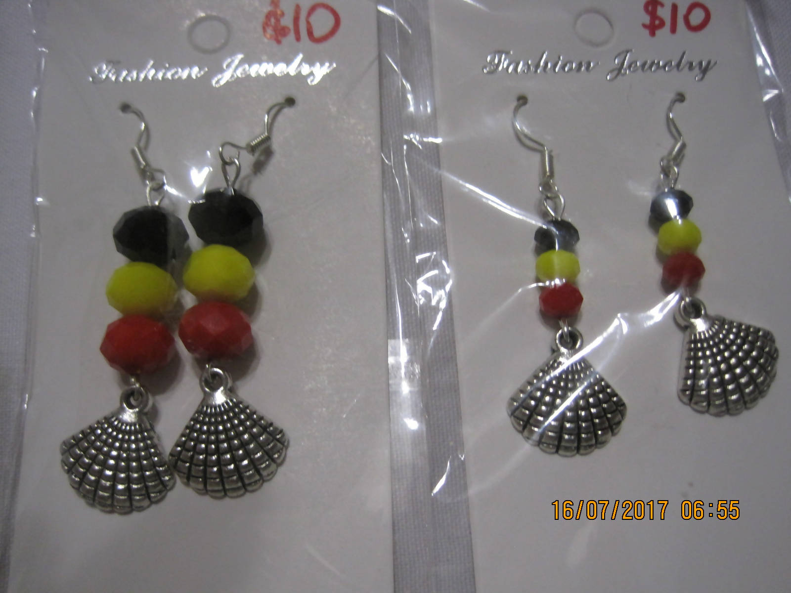 Shell tibetan earrings
