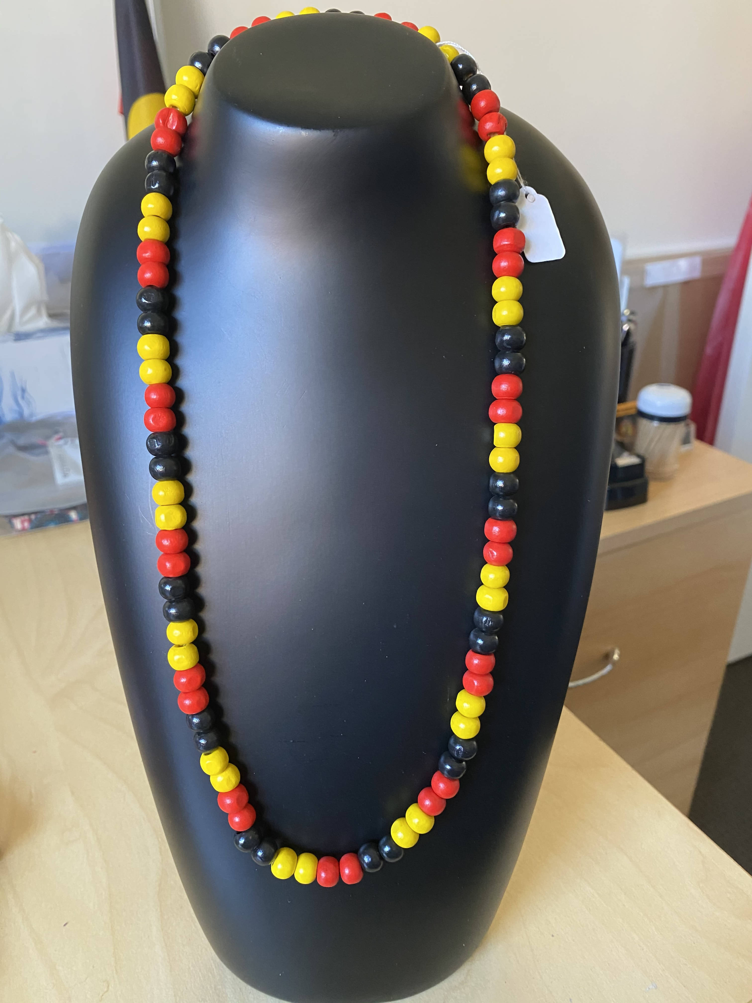 Wooden round bead necklace (long)