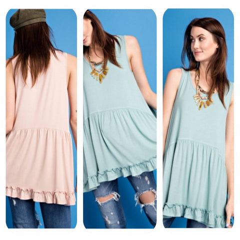 Relaxed Ruffled Botton Tank Top