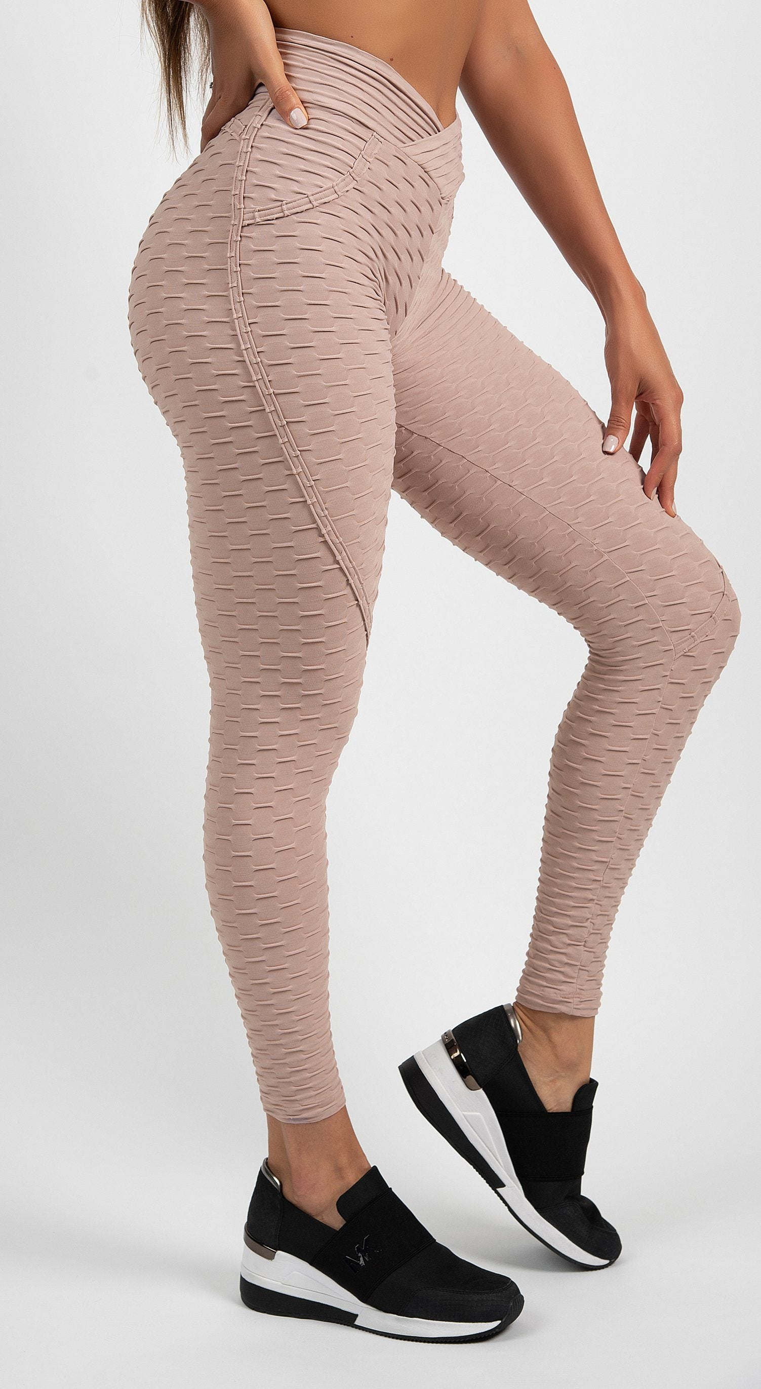Brazilian Legging -  Anti Cellulite Textured Heart Booty Effect Misty Rose