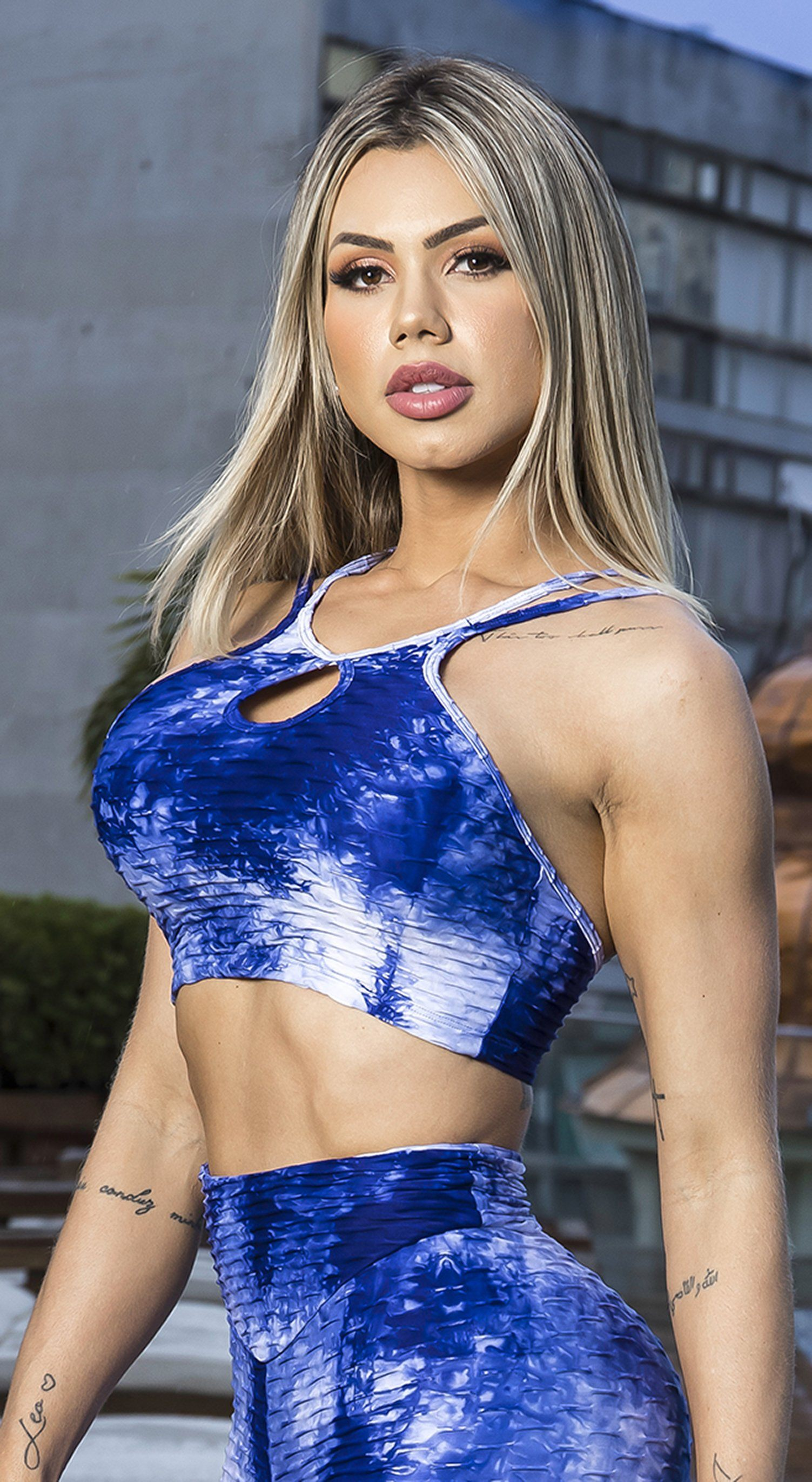 Brazilian Sports Bra - Textured Tie Dye Blue & White