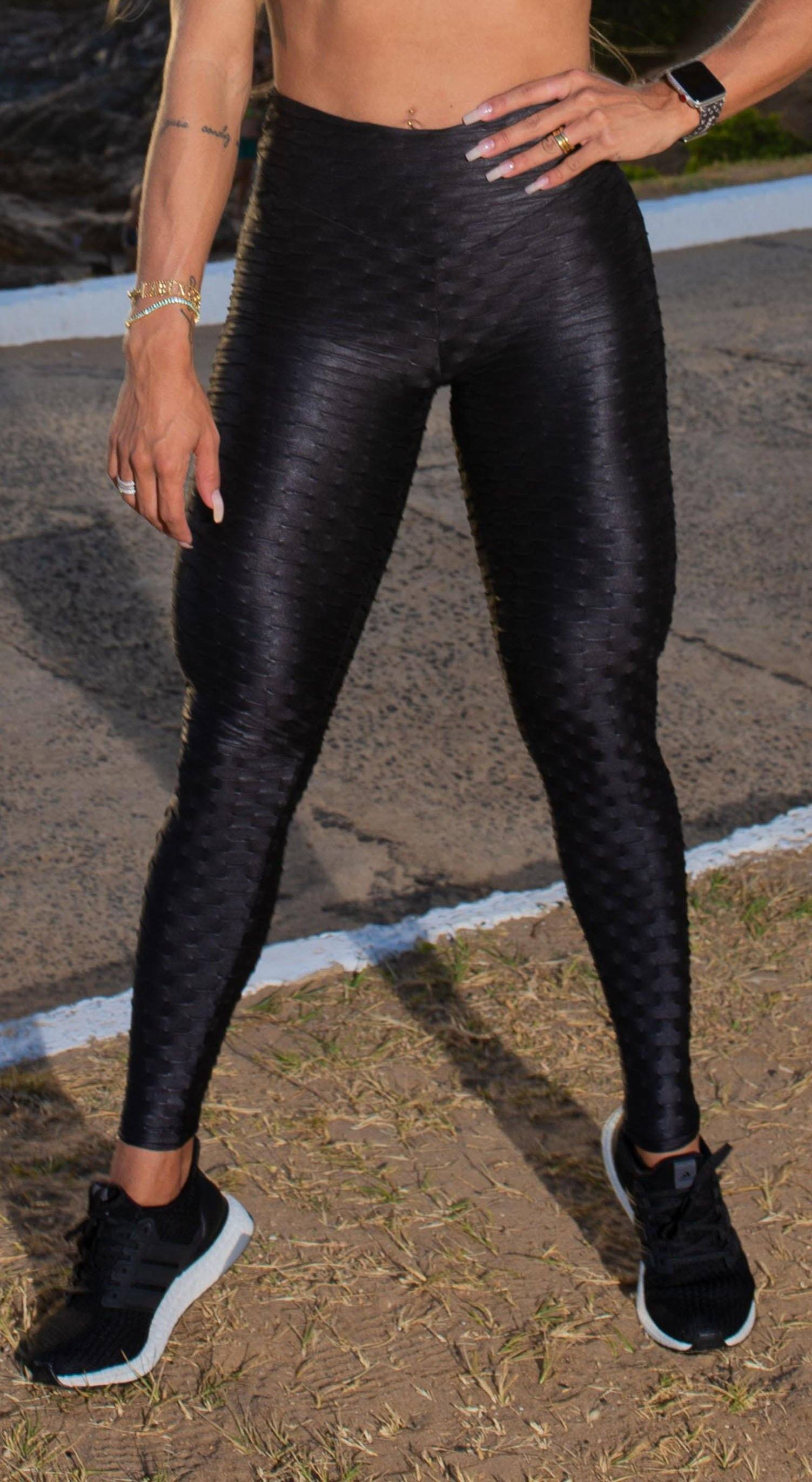 Brazilian Legging - High Waist Anti Cellulite Honeycomb Textured Scrunch Booty Shiny Black