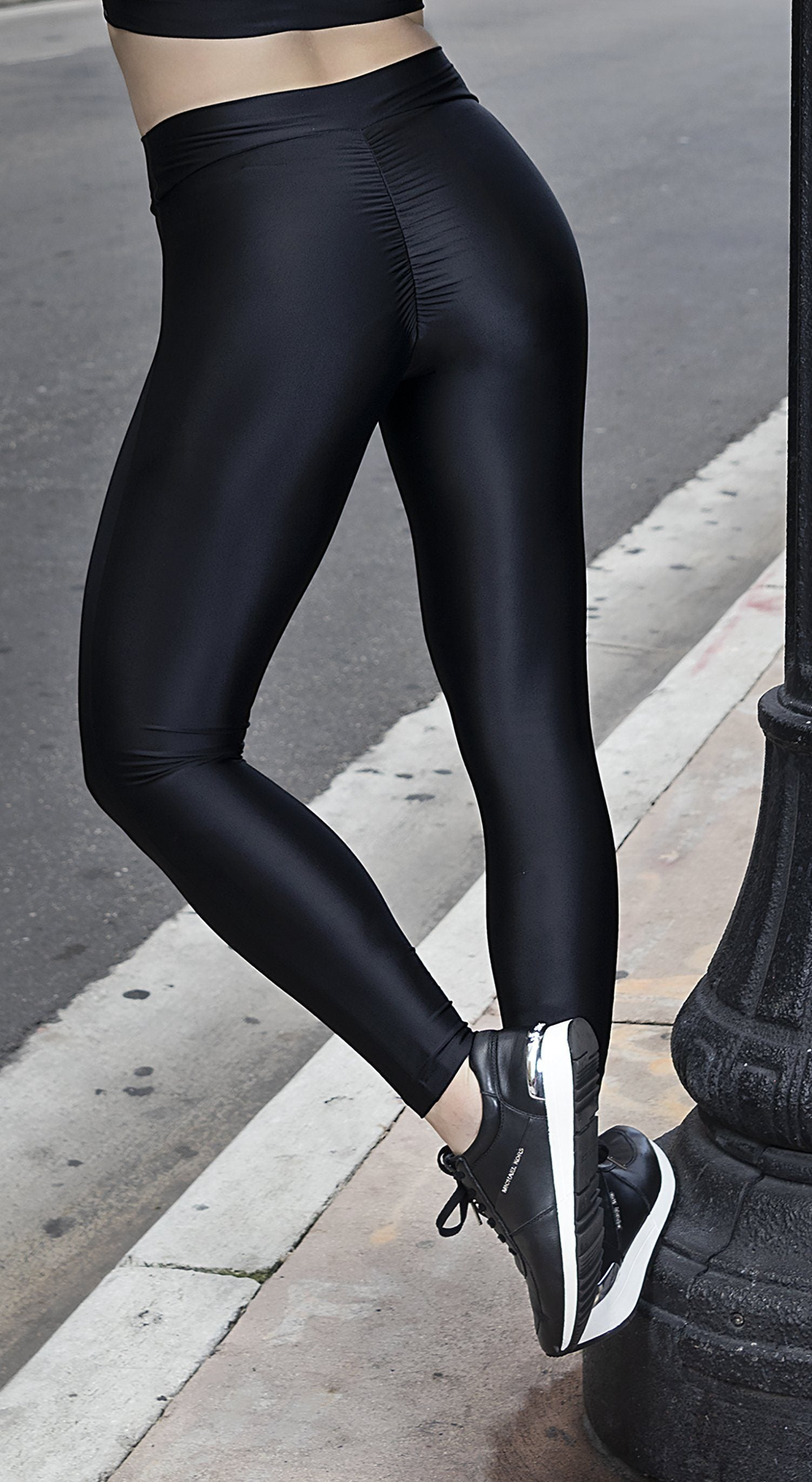 Brazilian Workout Legging -  SoBe Scrunch Booty  Black