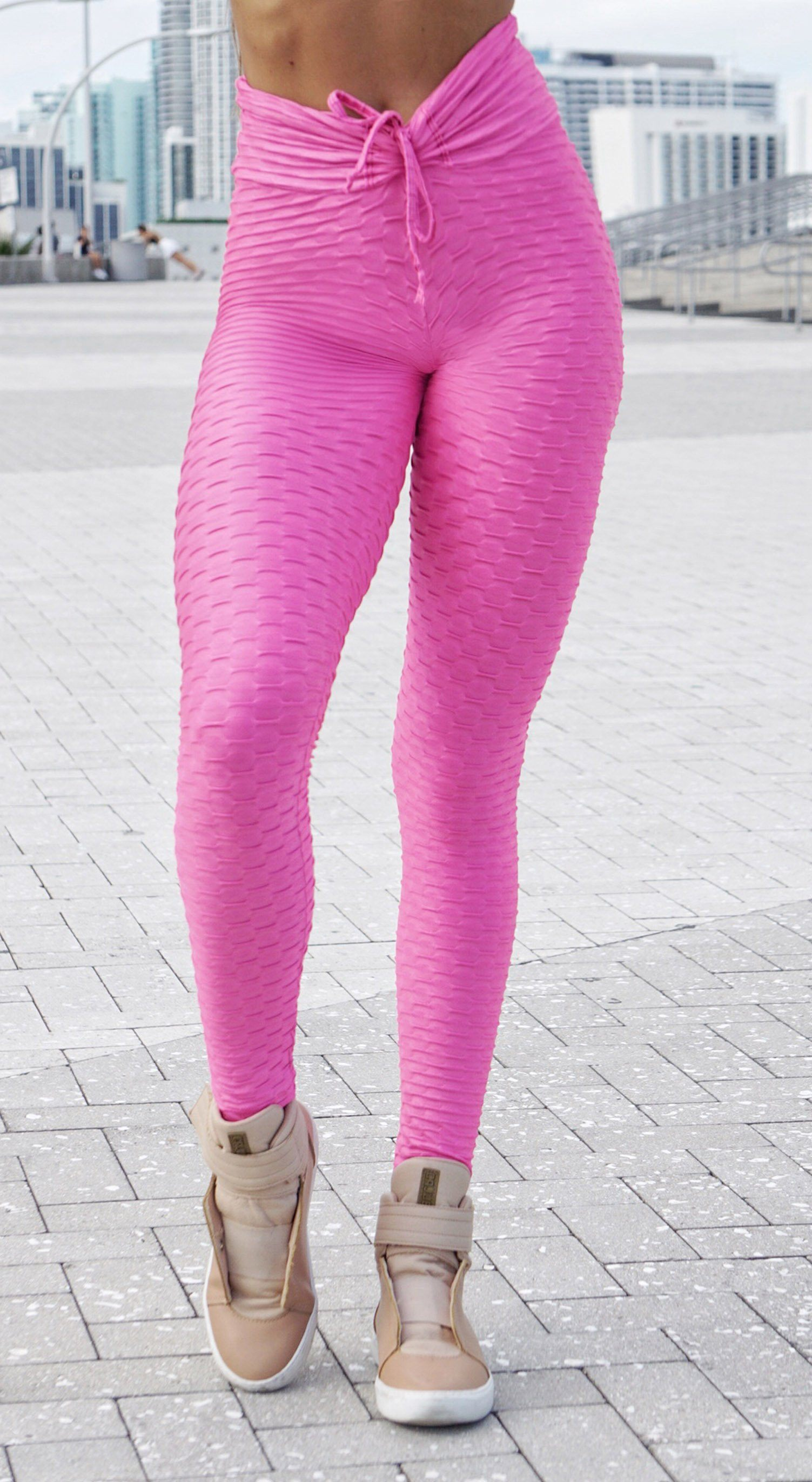 High Waist Zero Flaws Textured Shiny Pink Leggings