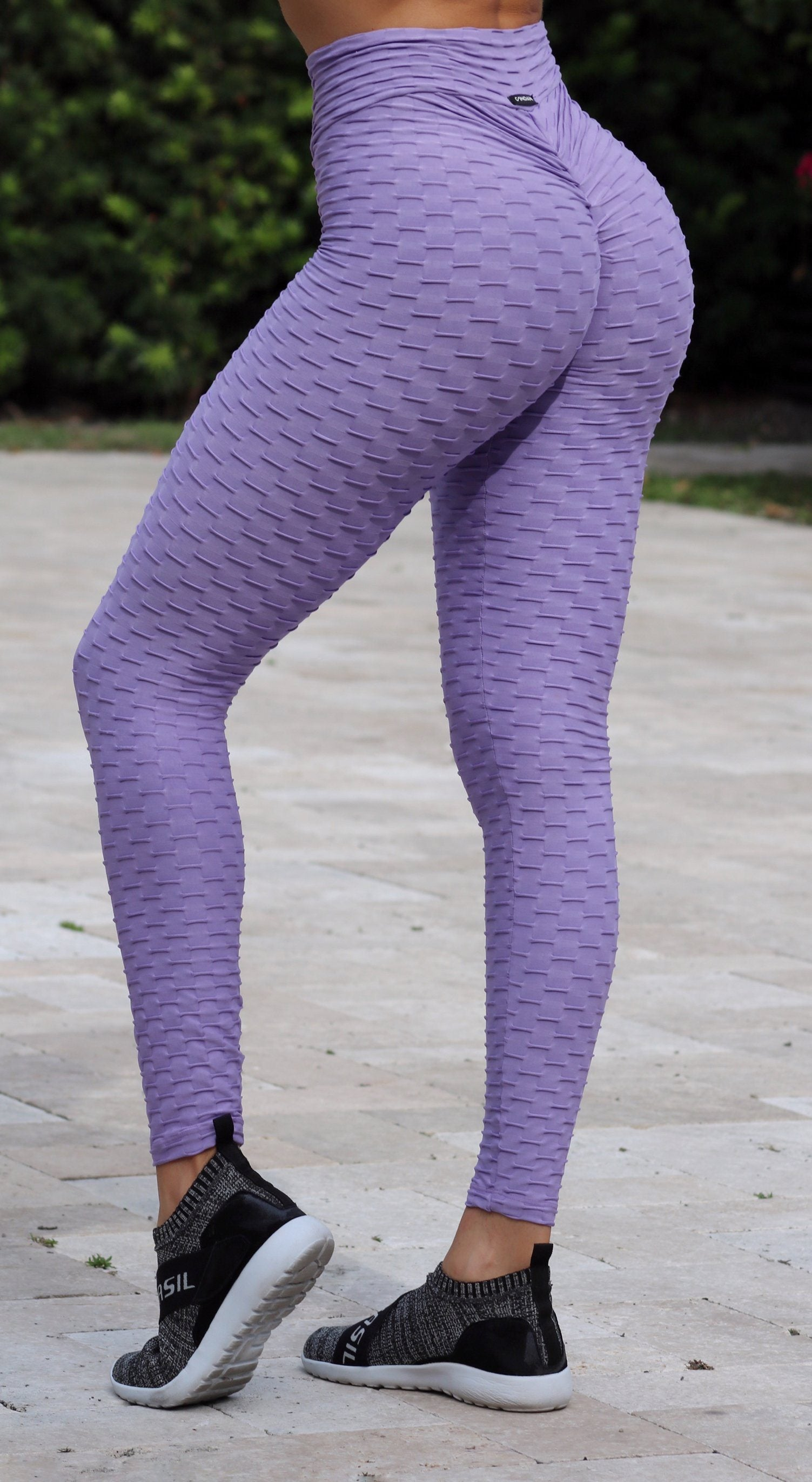 Anti Cellulite Honeycomb Textured Scrunch Booty Plum Leggings