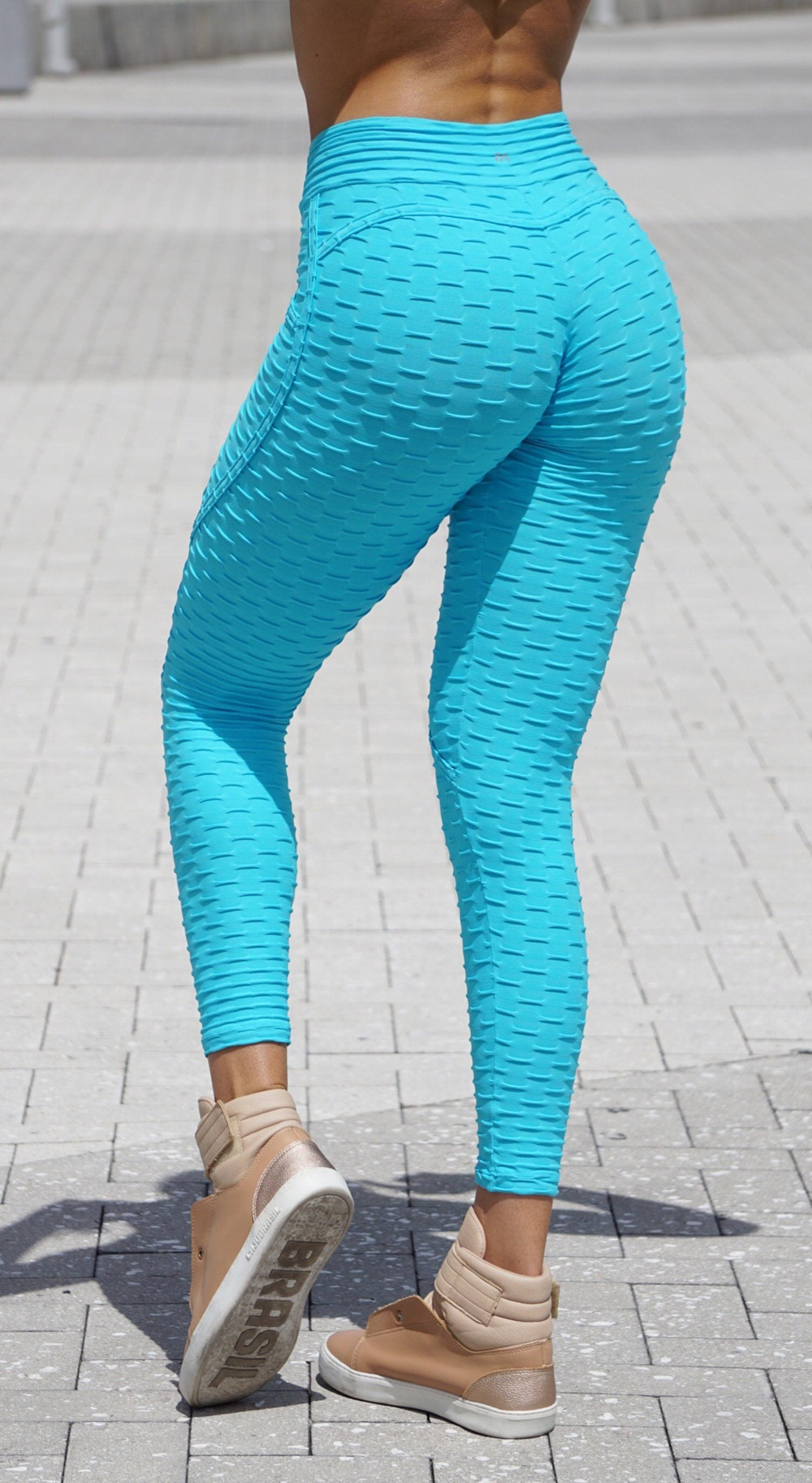 Anti Cellulite Textured Heart Booty Effect Sky Blue