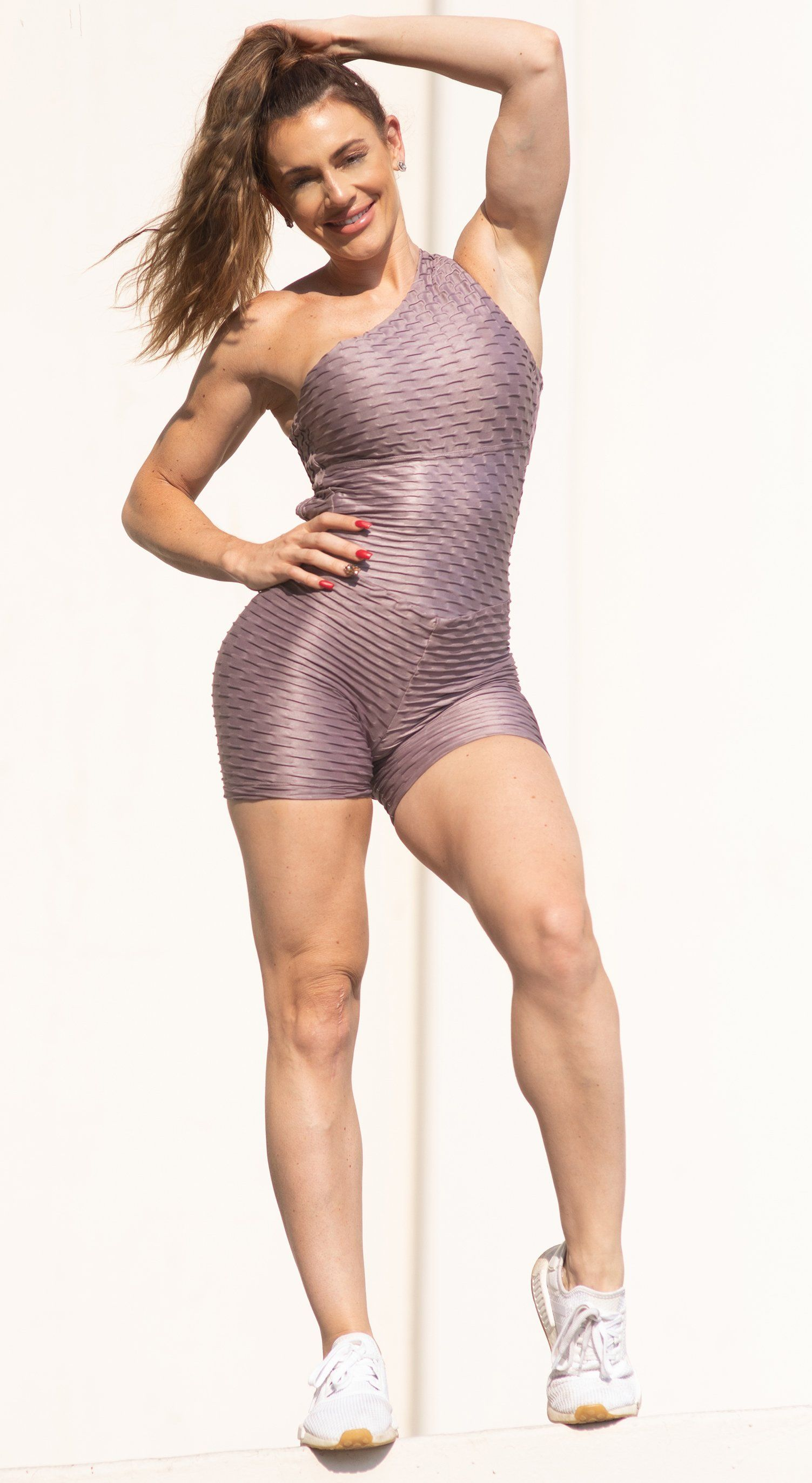 Short Fitness Jumpsuit - Honeycomb Scrunch Booty Shinny Plum