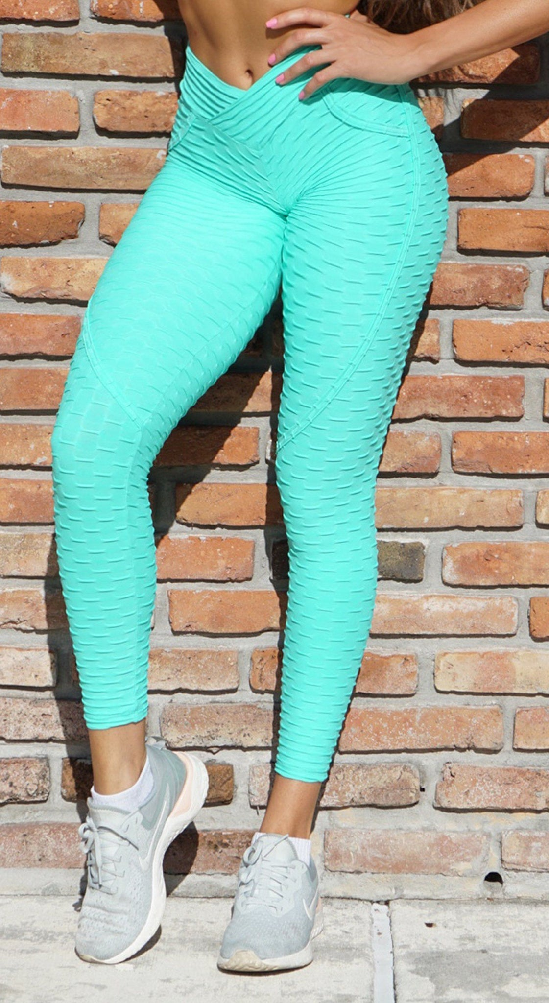 Brazilian Legging -  Anti Cellulite Textured Heart Booty Effect Mint