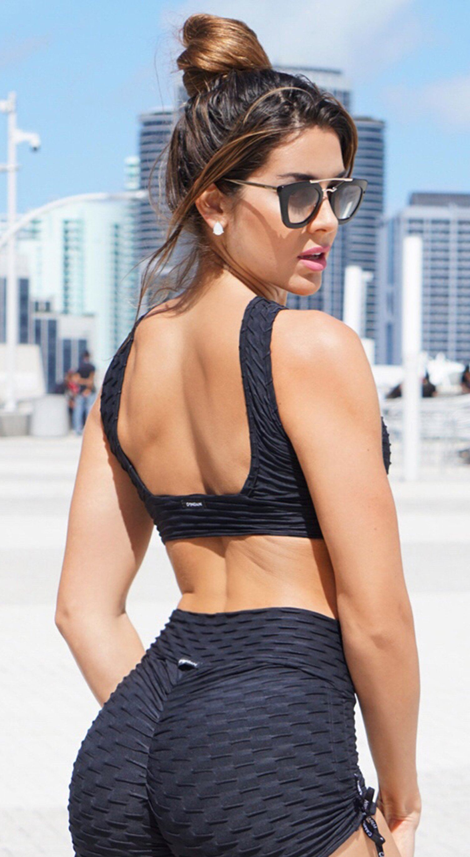 Brazilian Sports Bra - Honeycomb Cross Over Black