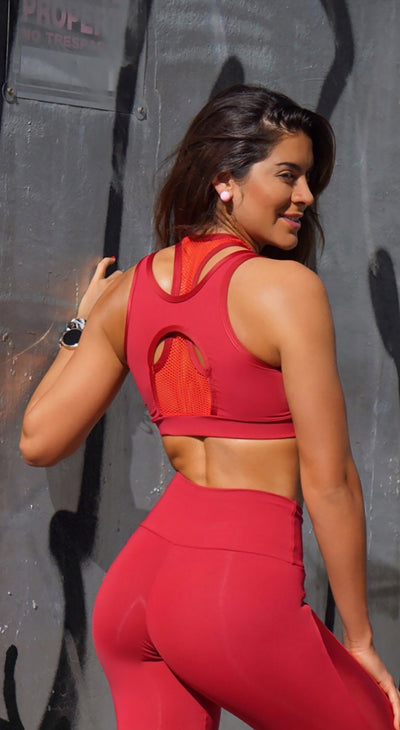 Sports Bra - Top NZ Cropped Profile Red