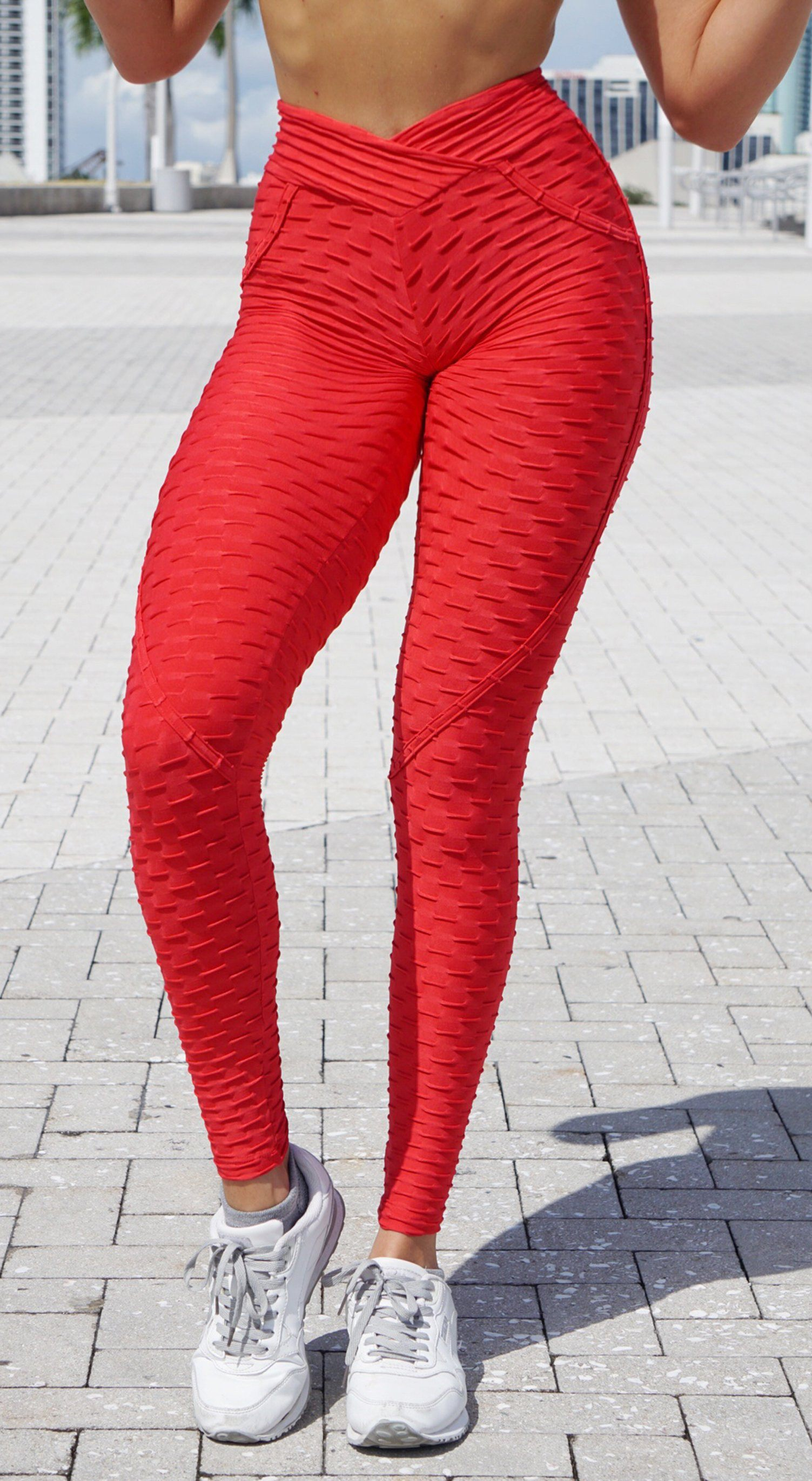 Anti Cellulite Textured Heart Booty Effect Red Leggings