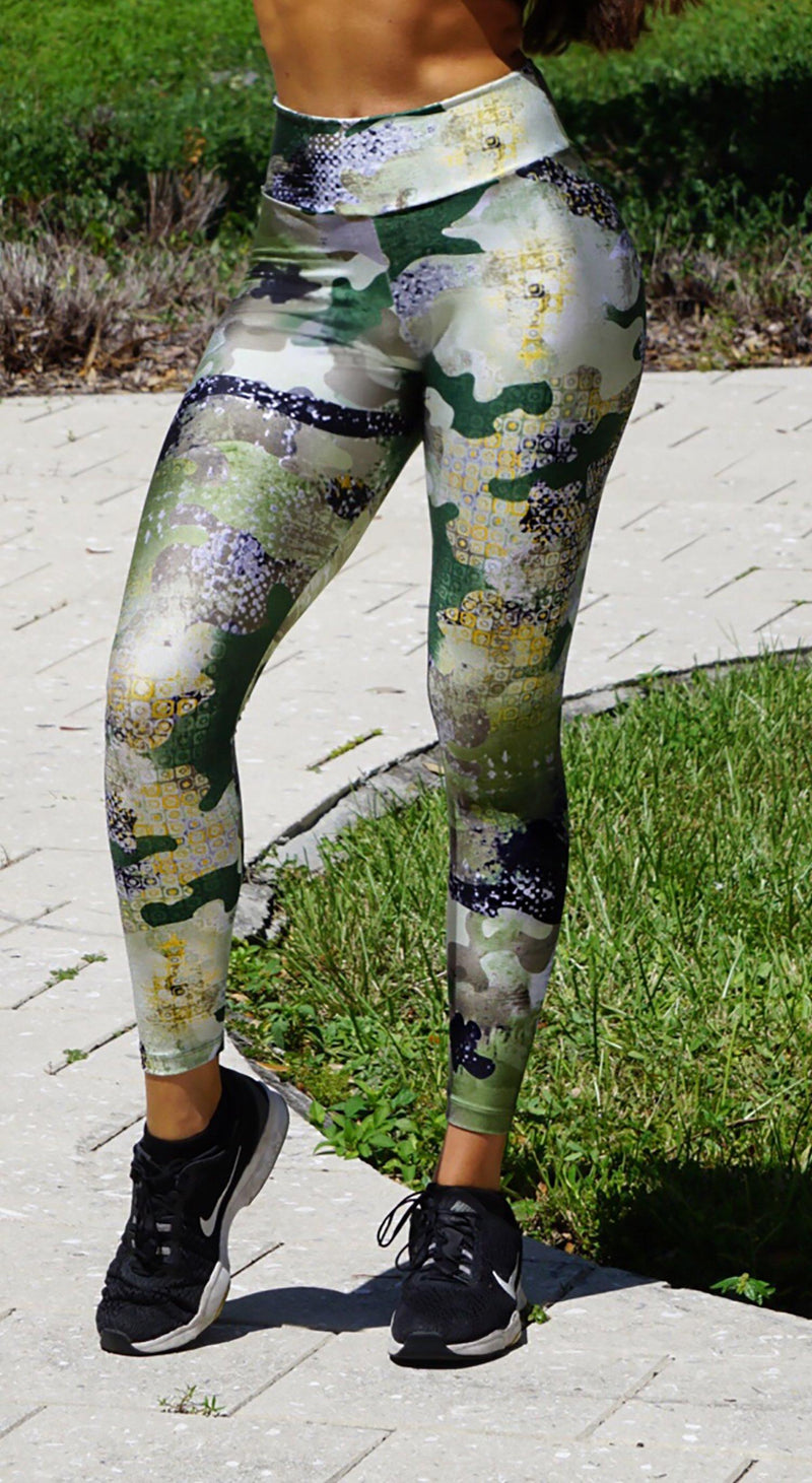 Brazilian Workout Legging - Scrunch Booty Army Print
