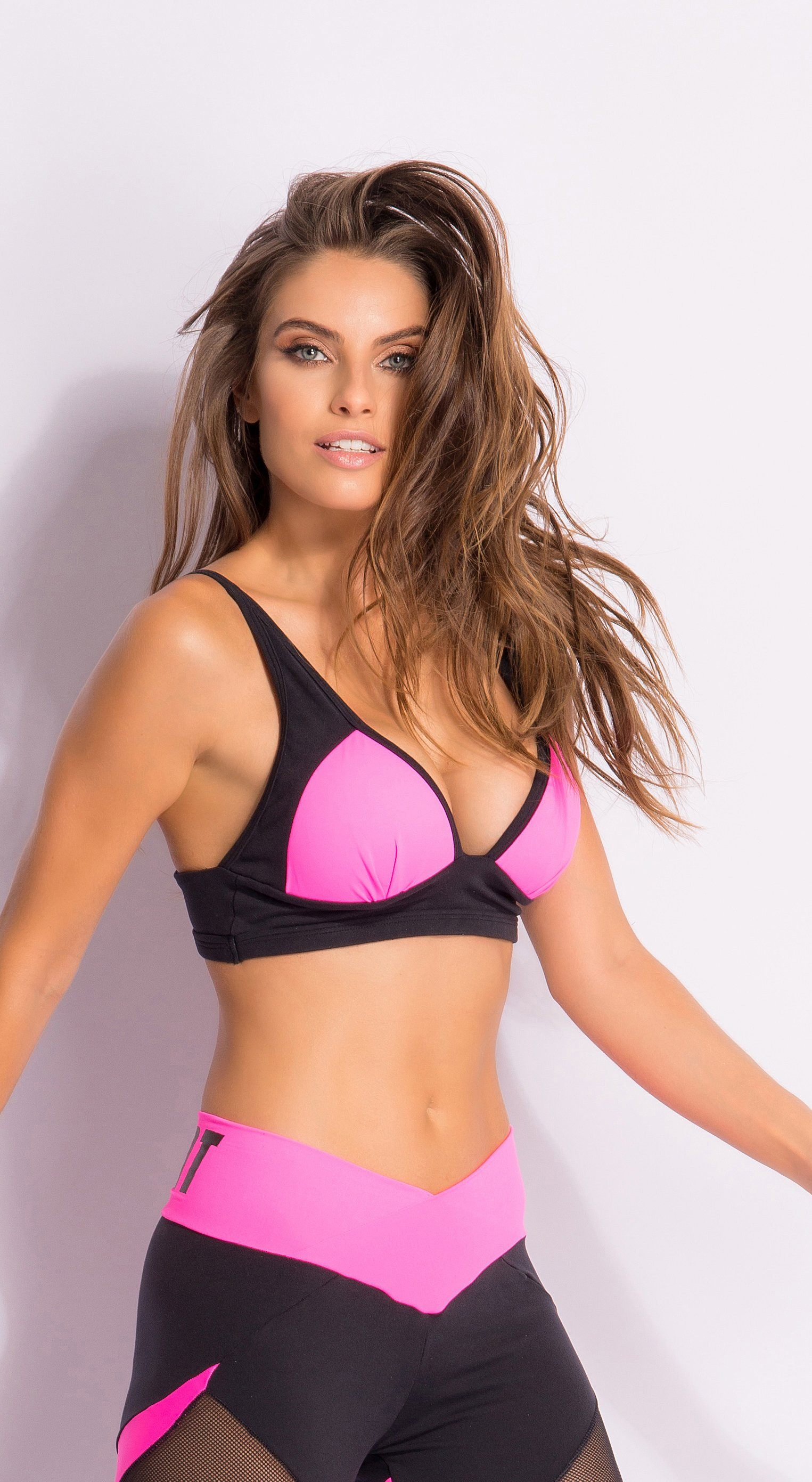 Sports Bra - Pink Knockout