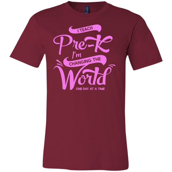 I teach pre-k I'm changing the world one day at a time  T-Shirt
