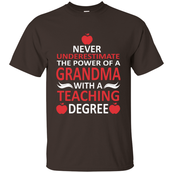 Never Underestimate The Power Of A Grandma With A Teaching Degree Cotton T-Shirt - TeachersLoungeShop - 3