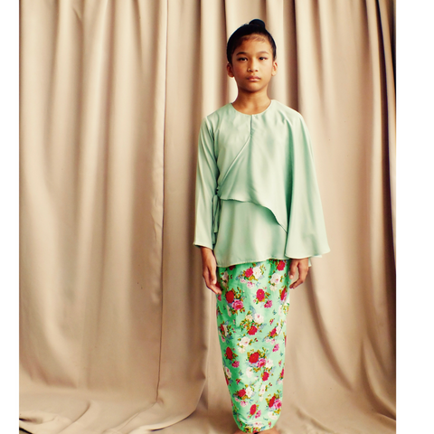 Layang-Layang Set for Girls in Green