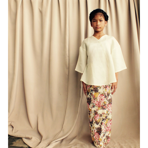 Kenari Dropped Shoulder Set for Girls in Pearl White & Vintage Florals