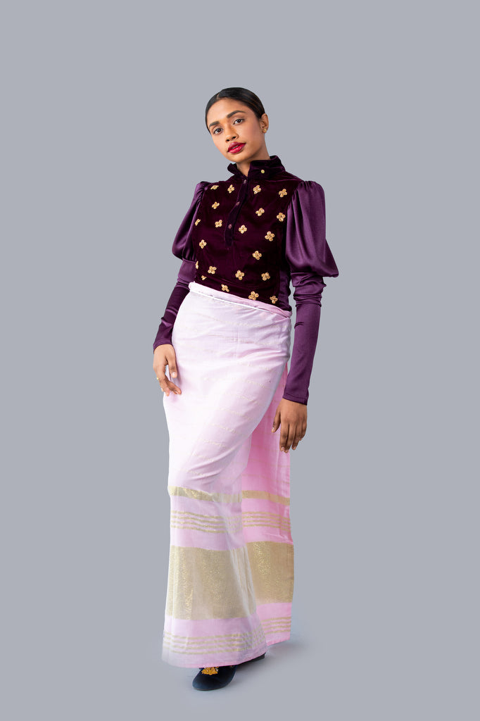 Ladies Long Sleeves Floral Worked Nilame Sri Lankan National