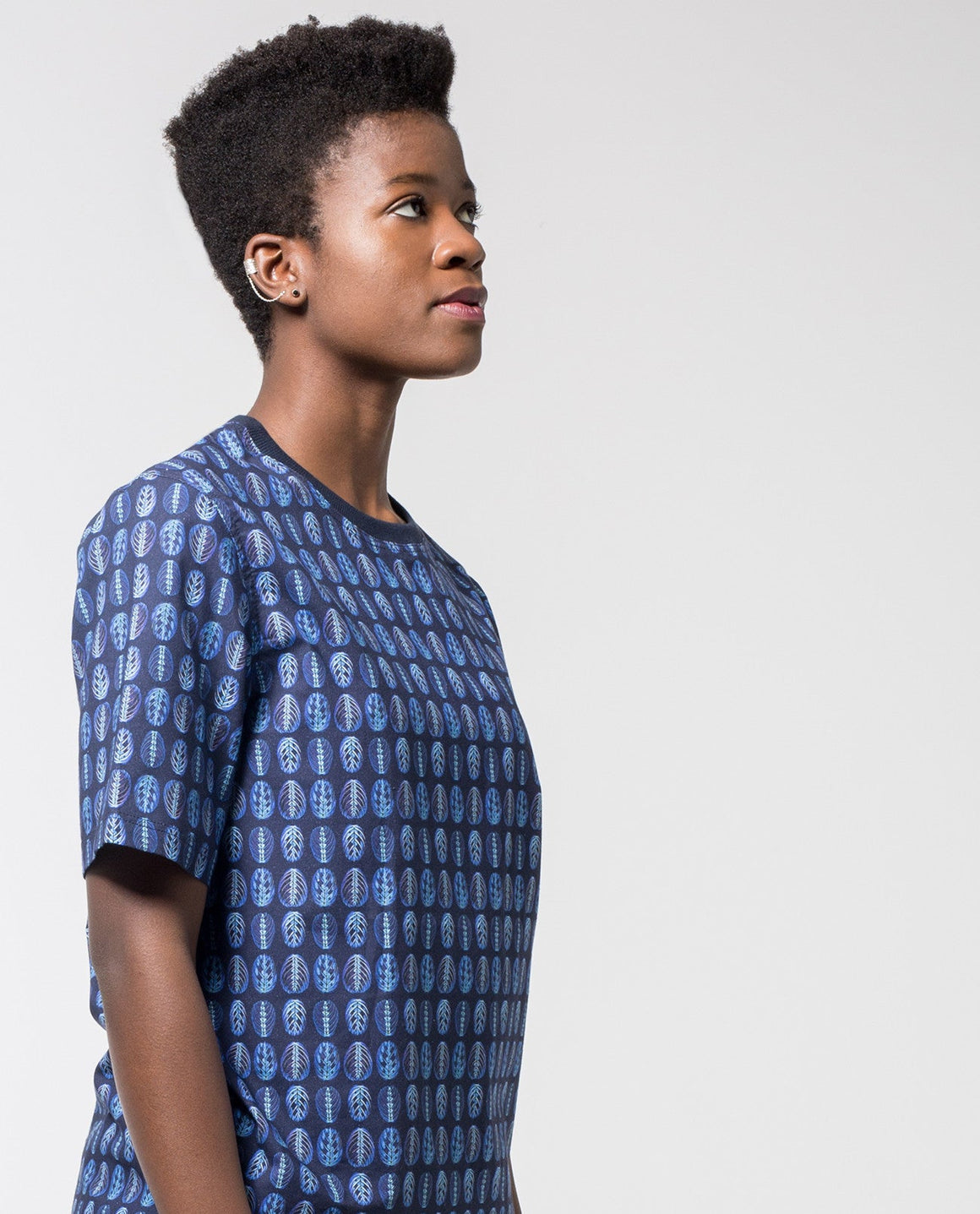 Organic Cotton Woven Printed T-shirt - Local Pattern  - 1