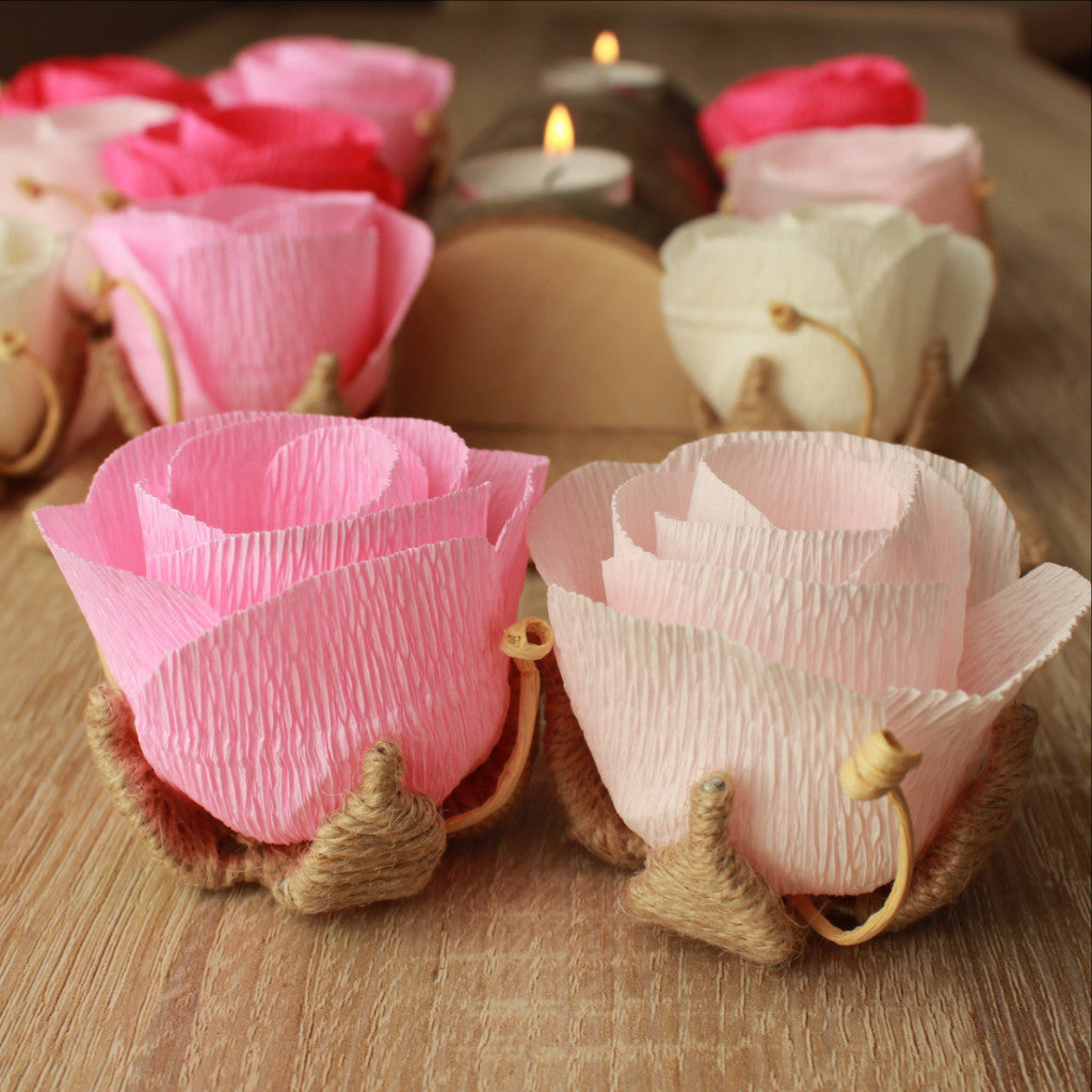 Small wedding paper flowers for table decorations, centerpiece idea ...