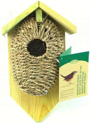 Nest Pocket Sea Grass with Roof for nesting wrens - Seasonal Expressions
