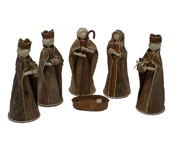 Nativity-All Natural-Hand Made-Celebrating the Seasons-Christmas