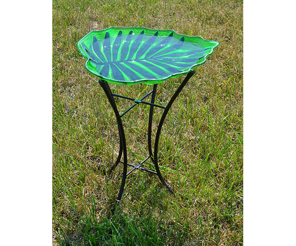 Birdbath-With Stand-Leaf-Nature Lover