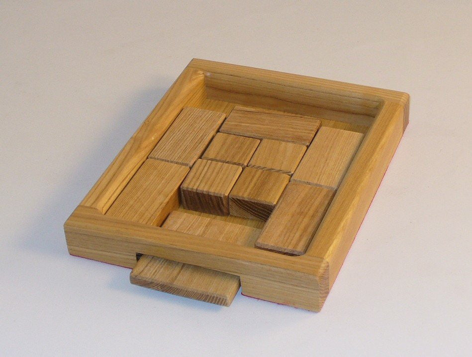 Square Root, Wood Skill Puzzle - Seasonal Expressions