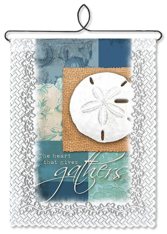 The Heart That Gives Gathers Wallhanging from Heritage Lace - Seasonal Expressions