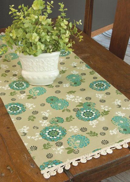 Table Runner-Dresser Scarf-Zinnia-Heritage Lace-Retro Look