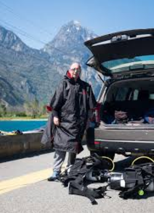 dryrobe | Scuba in the Alps!