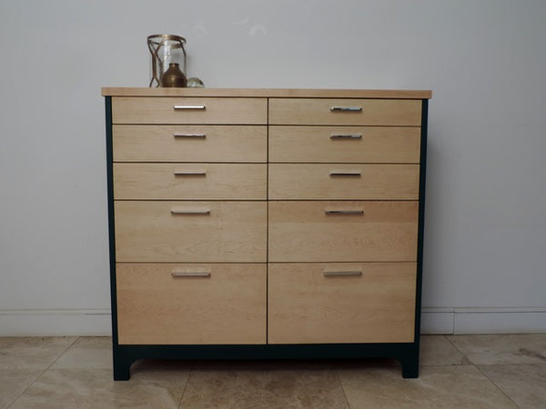 The Reidsway Chest of Drawers