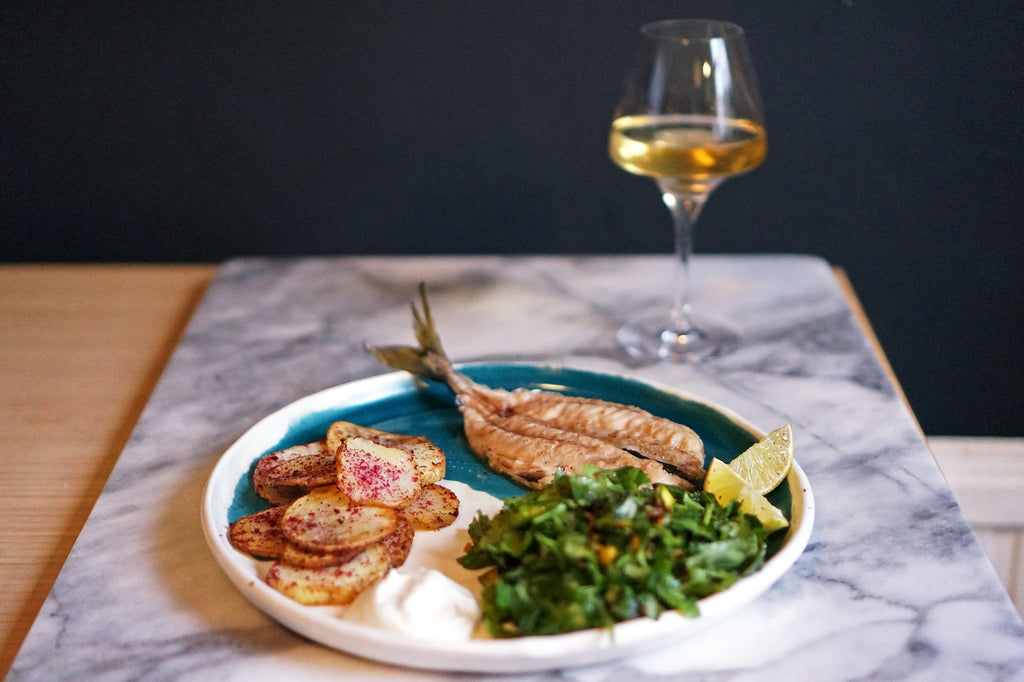 Wine & Food Killers: Mackerel with Herb Salad and Crispy Sumac Potatoes and Constantina Sotelo Rosalía