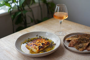 Wine & Food Killers: Baked Feta with Za'atar Pita Crisps and Harvest Pinot Gris 2019