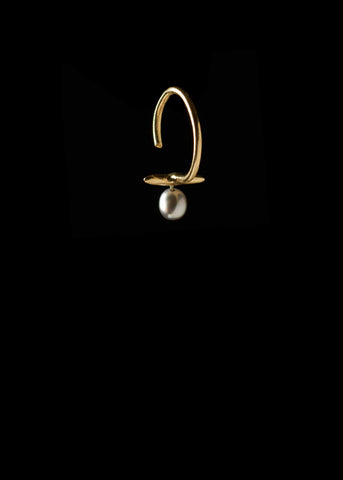 Bar Hoop with Pale Tahitian Pearl
